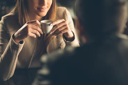 Муж расстроился из-за «рабочего свидания» жены и нашел поддержку в сети