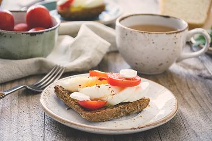 Телеврач посоветовал отказаться от завтраков ради здоровья