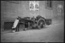 Гужевая повозка на одной из улиц Неаполя. Италия, 1941 год.