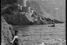Супруга В. Крамера возле скалистого берега на Капри. Италия, 1941 год.