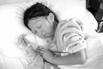 Девушка пять лет ела только рис и острый перец, похудела и умерла