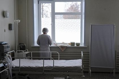 Оставленную на пять лет в клинике девочку перестали навещать