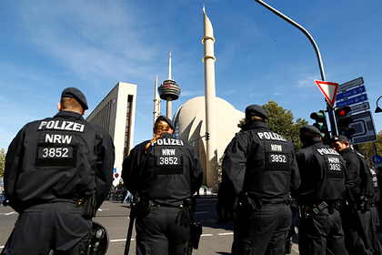 Облавы на чеченцев в Германии начались из-за фото на телефоне