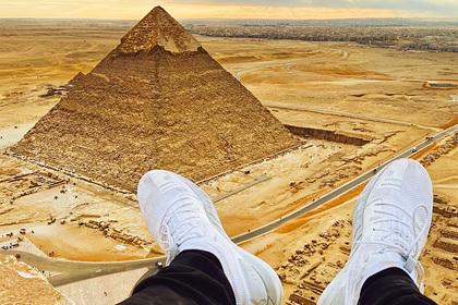 Российский блогер взобрался на пирамиду в Египте и угодил в тюрьму