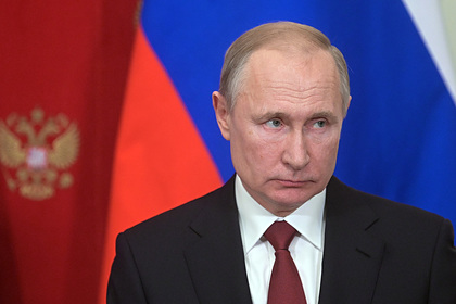Путин поблагодарил правительство России за работу