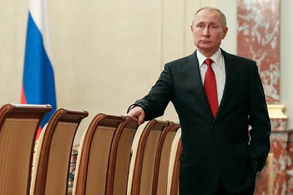 Путин отправил в отставку правительство Медведева