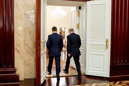 Появились подробности отставки правительства Медведева