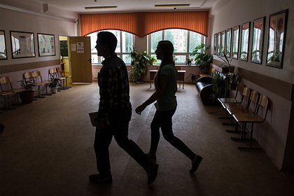 Российская семиклассница забеременела от 10-летнего мальчика