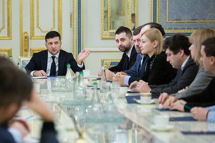 Зеленский отозвал раскритикованный Россией и Западом закон о децентрализации