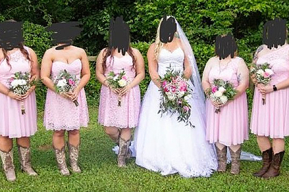 Невеста заставила подружек раскошелиться на «уродливые» платья и была обругана
