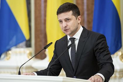 Зеленский назвал «подвиг киборгов» лучшим примером для защитников Украины