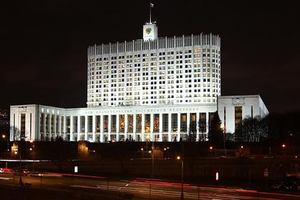 Названы два возможных сценария транзита власти в России