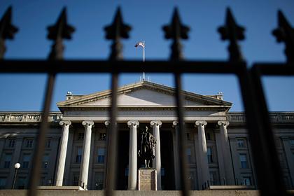 США глубже залезут в долги