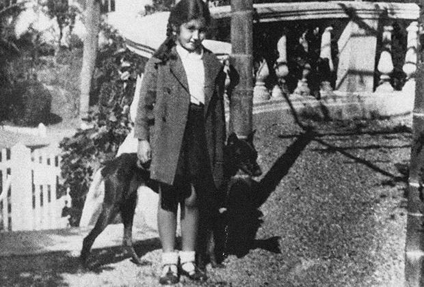 Фотография Нами, которую сделал Лаврентий Берия в Батуми в 1936 году