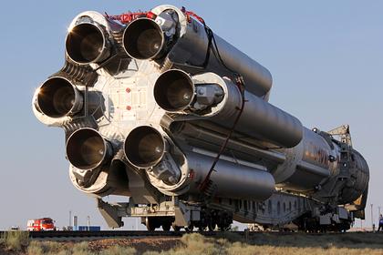 Выведенный «Протон-М» спутник потерял половину мощности