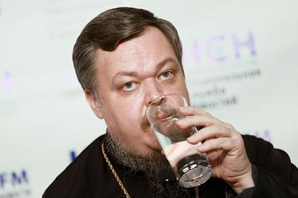 В РПЦ поддержали требование лишить Урганта гражданства из-за шуток о Христе