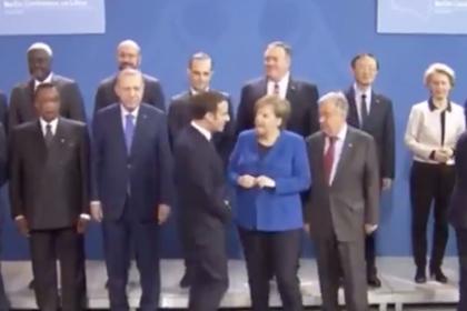 Макрон и Меркель «потеряли» Путина в Берлине