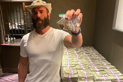 «Король Instagram» проиграл миллион долларов за 40 секунд из-за Макгрегора