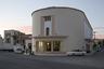 Кинотеатр в городке Лакки (бывшем Портолаго), пострен в 1936-1938 годах архитектором Армандо Бернабити в стиле ар-деко. Он был полностью разрушен во время битвы за Лерос в 1943 и восстановлен лишь несколько лет назад.