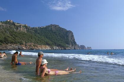 В Турции напомнили о свободе туристов от налога на проживание