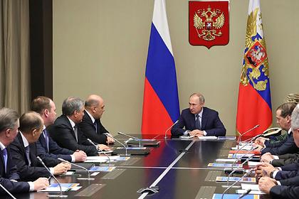 В законопроекте Путина нашлась возможность сохранить правительство