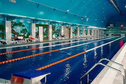 В российском регионе женщинам запретили посещать бассейн