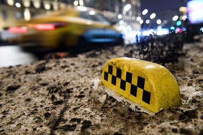 Московский таксист отомстил отказавшему ему в сексе иностранцу