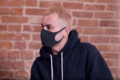 Собчак раскрыла внешность популярного анонимного блогера