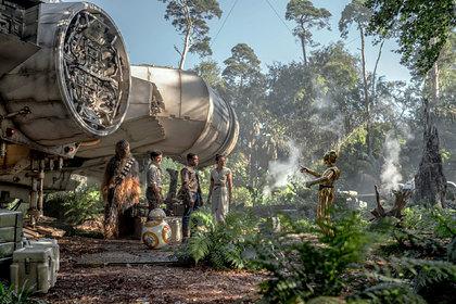 Новые «Звездные войны» признали худшим фильмом франшизы