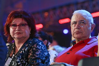 Налоговая признала бессилие в вопросе взыскания долгов с Петросяна и Степаненко