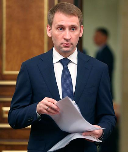 5889594 23.05.2019 23 мая 2019. Министр по развитию Дальнего Востока и Арктики Александр Козлов