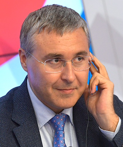 а Валерий Фальков