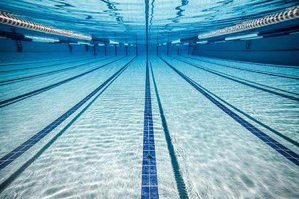 В российском санатории ребенка засосало в бассейн