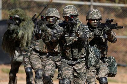 Южная Корея выгнала солдата после смены пола