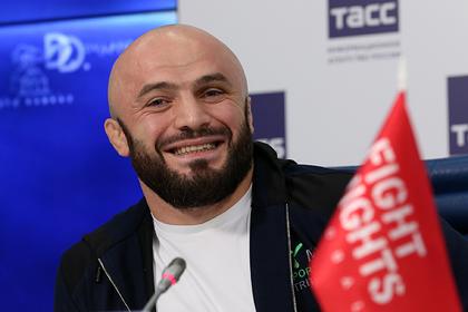 Следующий соперник Емельяненко обратился к арестованному бойцу