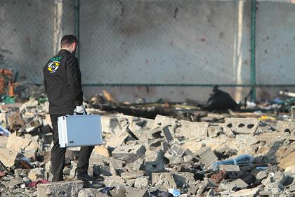 Иран решил оставить себе черные ящики с разбившегося самолета