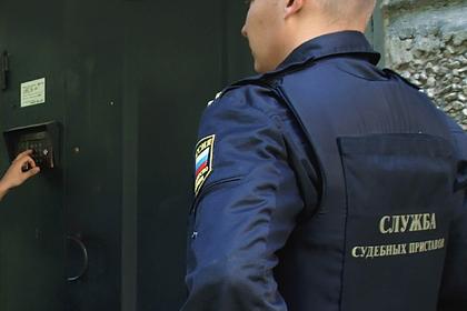 Московская пенсионерка закрылась с внуком в квартире и пригрозила самоубийством