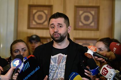 В партии Зеленского рассказали о возможных отставках в правительстве