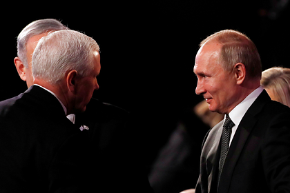 Проигнорированный Путиным вице-президент США подошел поздороваться сам