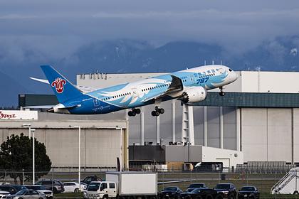Летящий в Москву самолет из Китая отказался садиться в Ухани из-за коронавируса