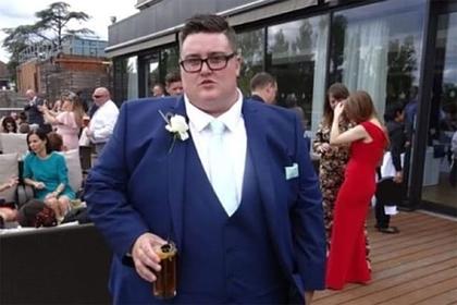 Тучный мужчина похудел на сто килограммов и обрел любовь