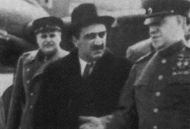 Анастас Микоян и Георгий Жуков