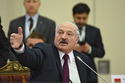 Лукашенко возложил вину за нефтяной конфликт на правительство Медведева