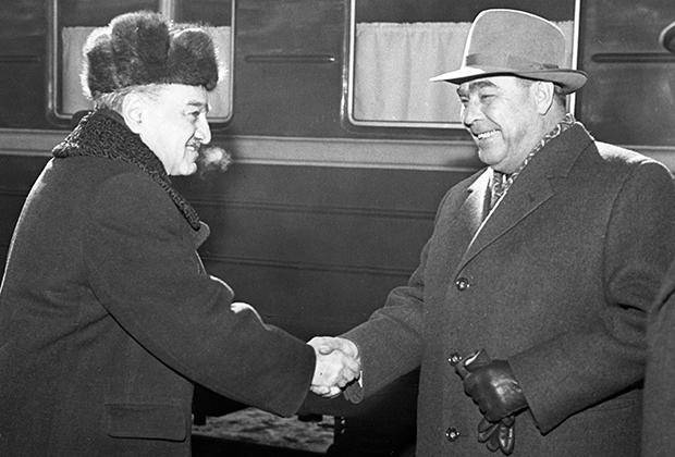 Анастас Микоян и Леонид Брежнев, 1965 год