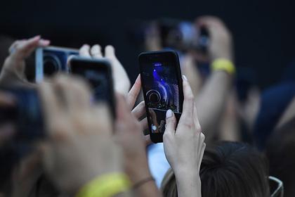 Лукашенко порассуждал о вреде смартфонов