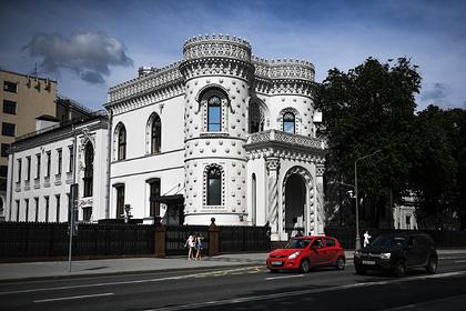 Дмитрию Медведеву нашли офис в «доме с ракушками»