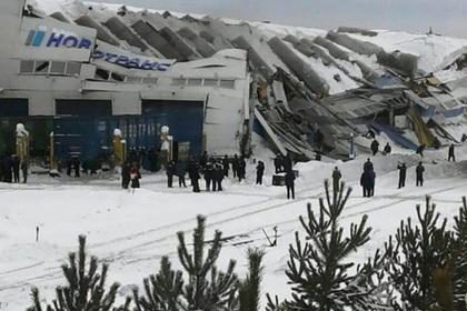 На заводе в Кузбассе спасли 41 человека за секунды до обрушения крыши