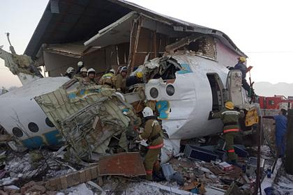 Авиакомпания заклеивала повреждения самолетов обычным скотчем и попалась