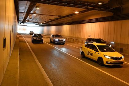 Министр Ливана променял кортеж с охраной на такси