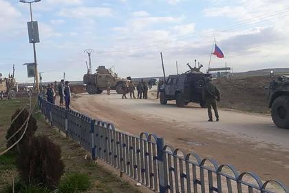 Американские военные вновь не пропустили российский патруль в Сирии